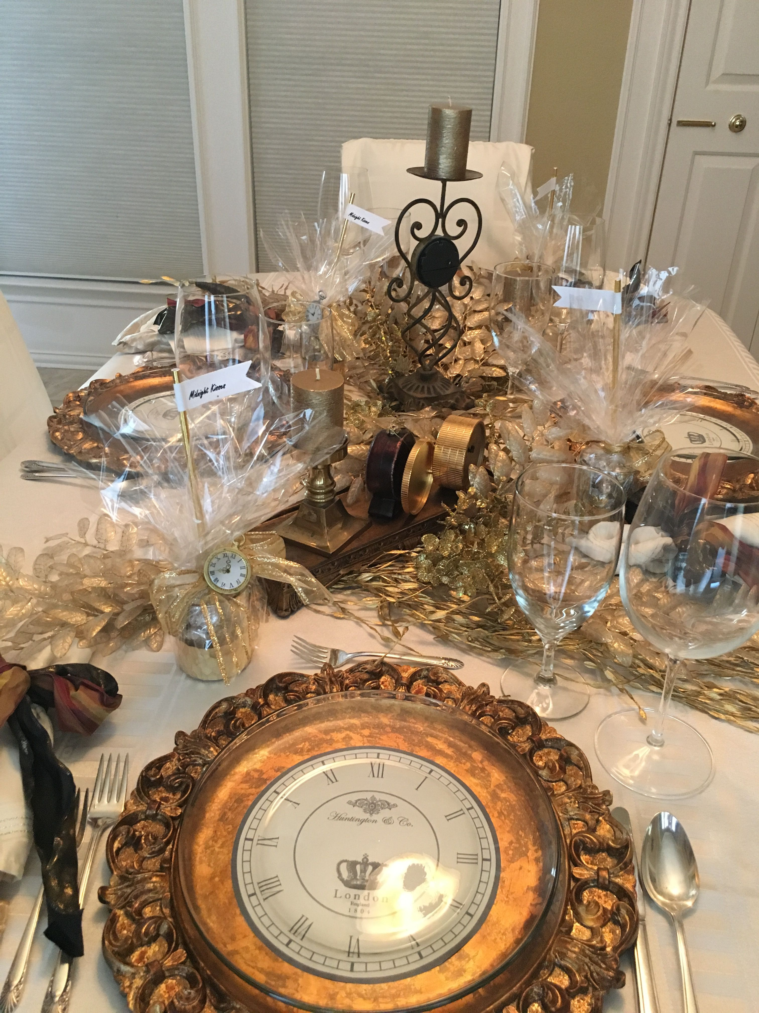 New Years Eve by Cathy Fox   Table decorations, Decor ...