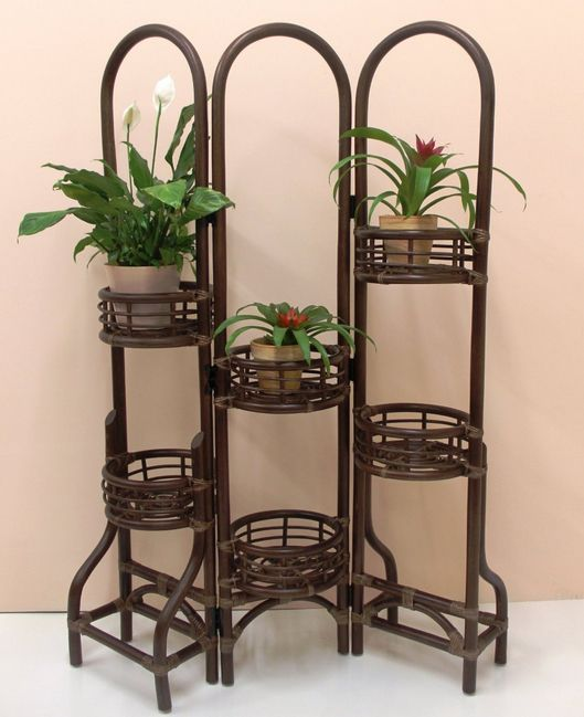 Perfect A Wicker Outdoor Plant Stand Can Help Add Elevation And Enable You To Be  More Innovative With Your Outdoor Patio Or Deck Plants.