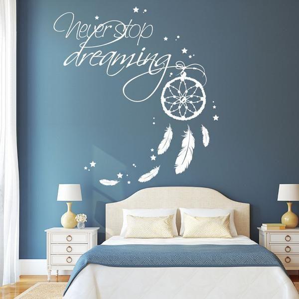 wandtattoo traumf nger schriftzug never stop dreaming viele gr en und farben f r. Black Bedroom Furniture Sets. Home Design Ideas