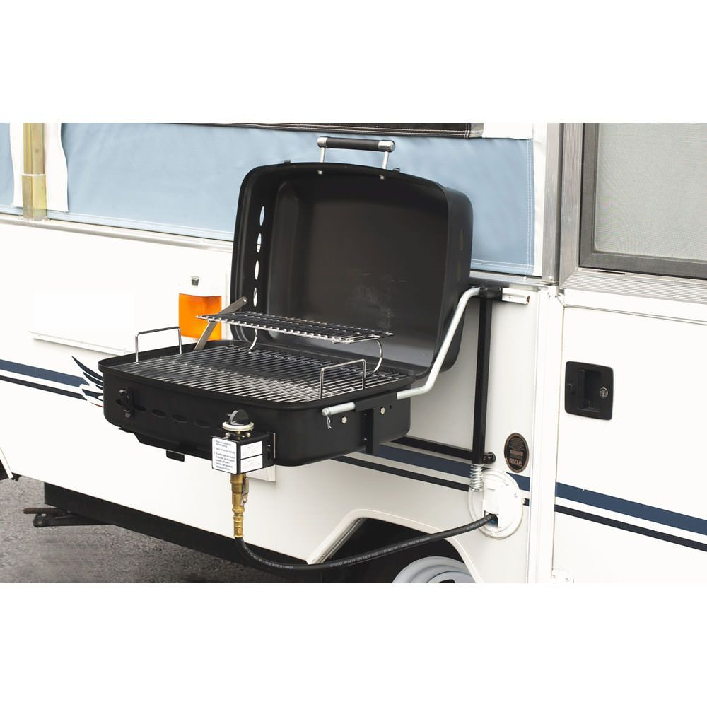 Innovative mounting bracket lets you set up and put away your grill in seconds.