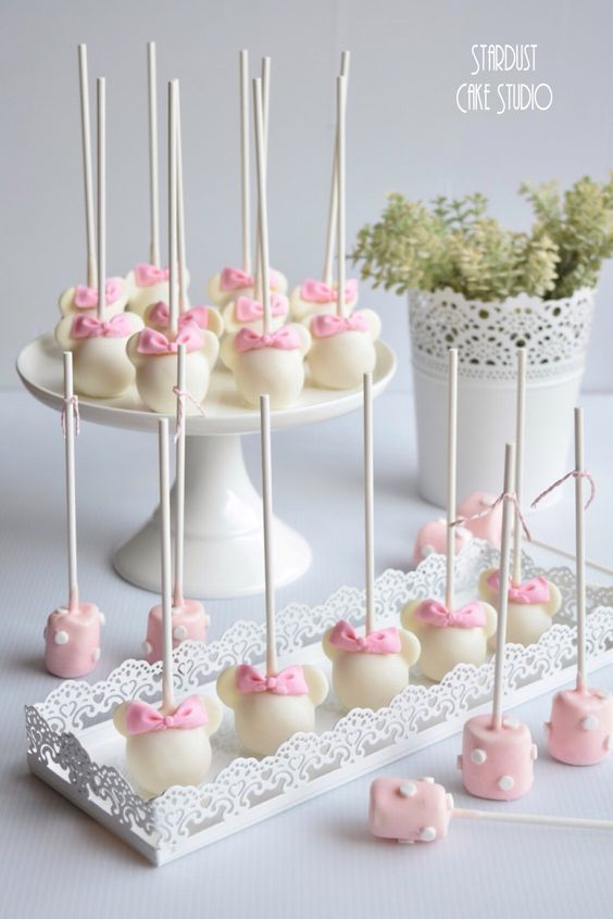 Easy Baby Shower Treats For Girls Dessert Tables Minnie Mouse Cake Pops Minnie Mouse Birthday Cakes Minnie Cake