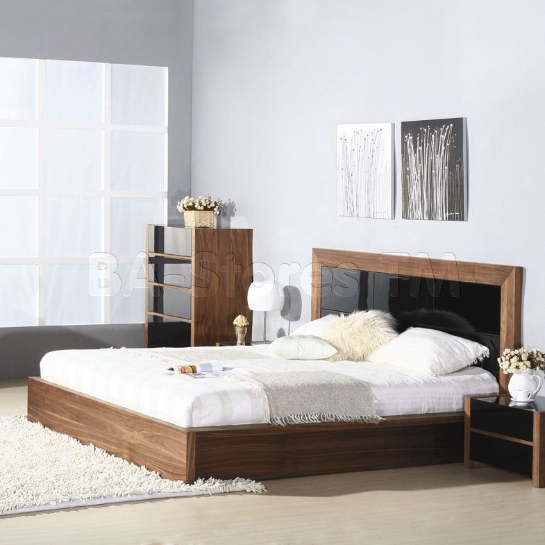 Stark Platform Bed With High Gloss Black Insert In Walnut Beverly Hills Furniture Inc