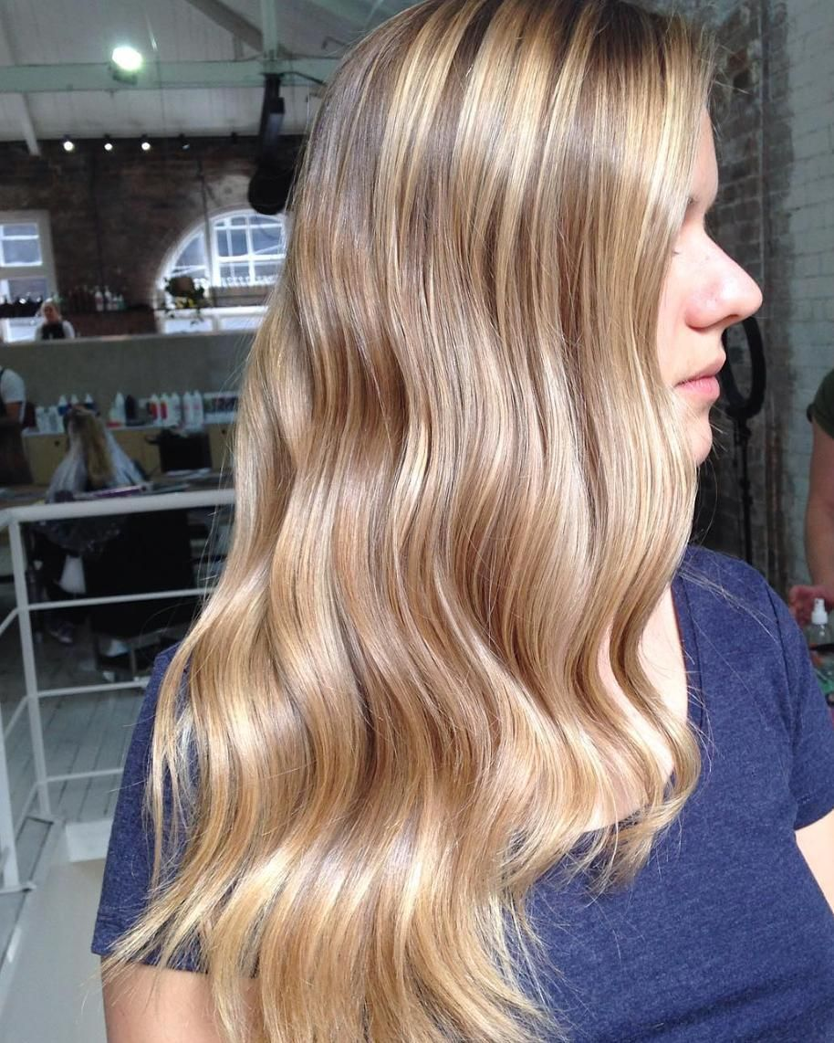 Natural Balayage Created Using Goldwellaus Silklift And Olaplexau To Maintain Optimum Hair Condition Hairline Fine Foils With Long Hair Styles Hair Styles