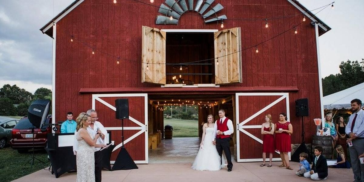 The Barn at Zenfield Weddings Get