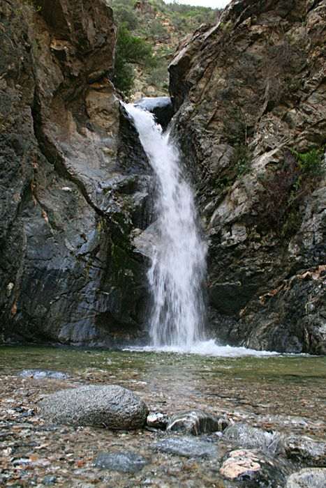 Eaton Canyon Falls – hike to the falls for photos there and along the way