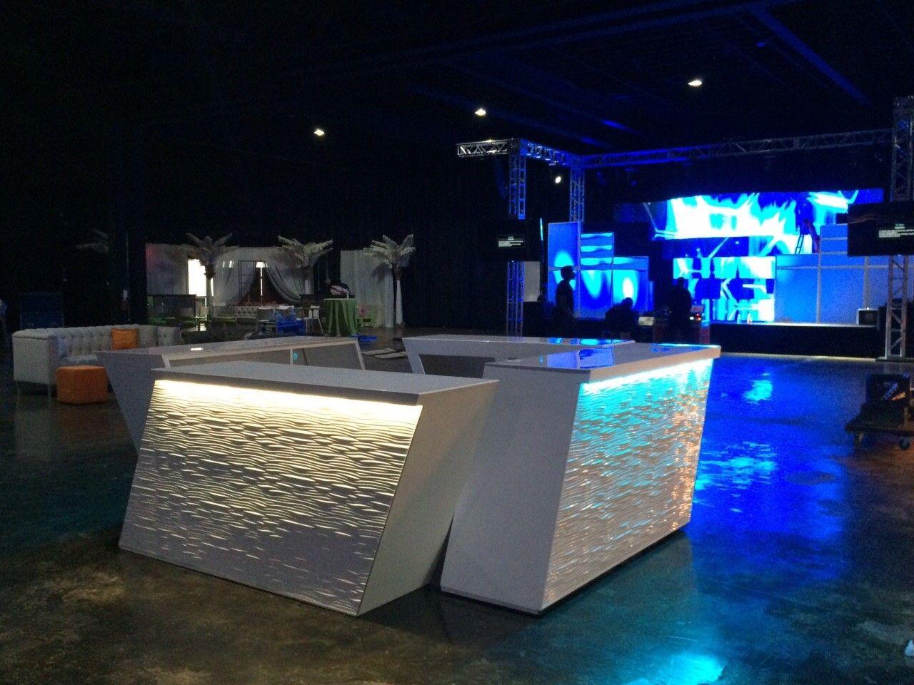 Nice AFR Furniture// Rentals Unlimited// Meridian Bar