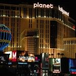 Our Hotel Addict Give You A Overview Of What To Expect When Choosing Planet Hollywood As Your Destination In Las Vegas Las Vegas Hotels Planet Hollywood Las Vegas Las Vegas Love