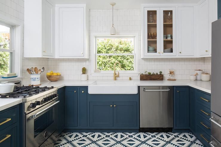 U Shape Two Toned Kitchen With Dark Blue Lower Cabinets In Hague Blue Farrow A Blue Kitchen Cabinets Painted Kitchen Cabinets Colors Dark Blue Kitchen Cabinets