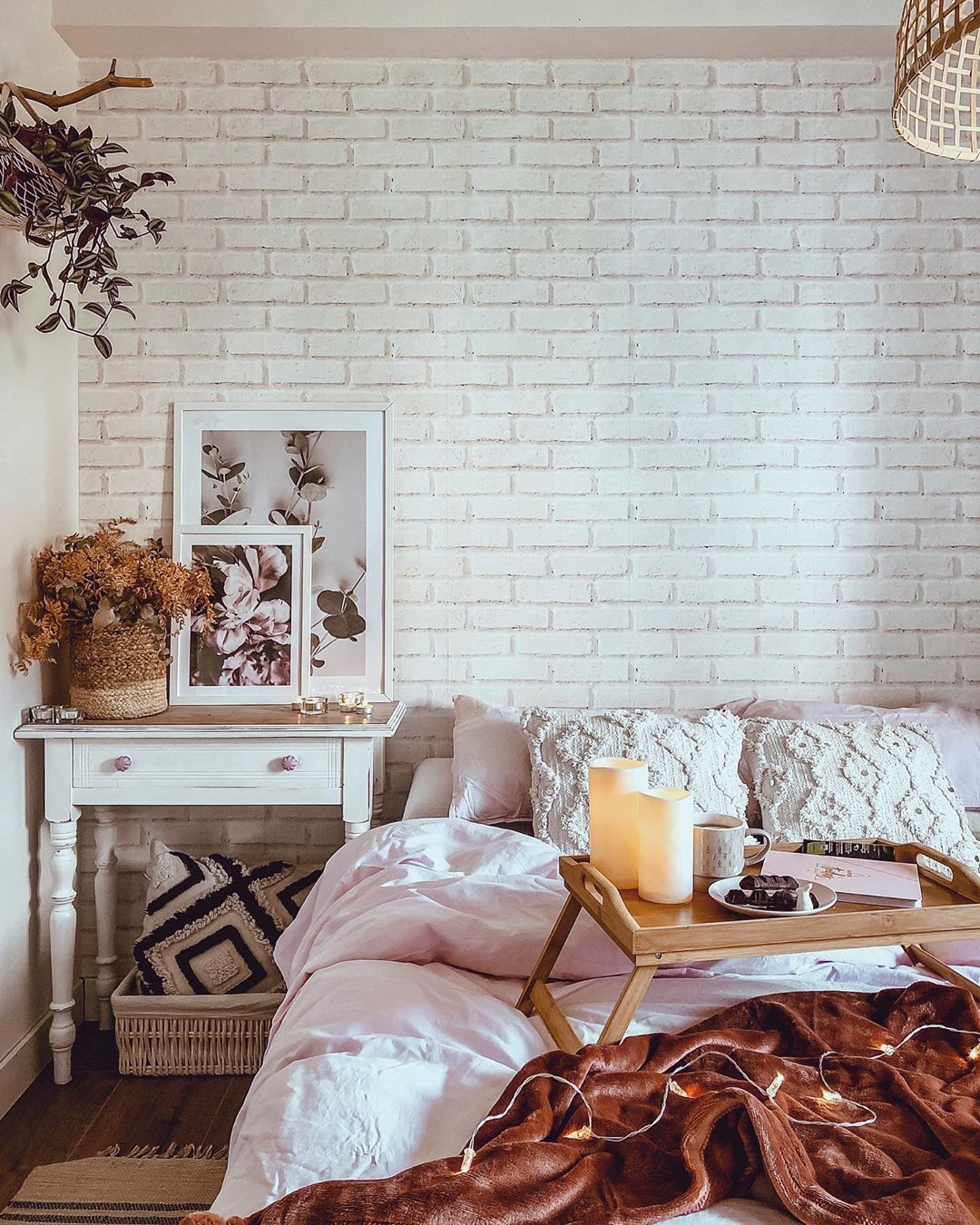 Old White Brick Wall Wallpaper In 2020 Brick Wallpaper Living Room White Brick Wall Living Room Brick Wall Bedroom