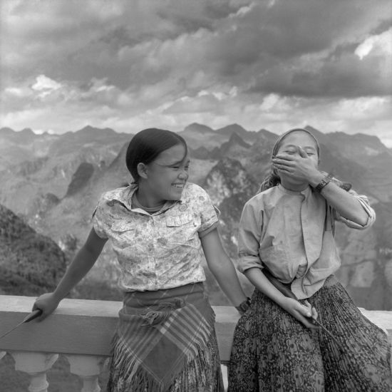 Two H'Mong Young Girls -  Sébastien Laval