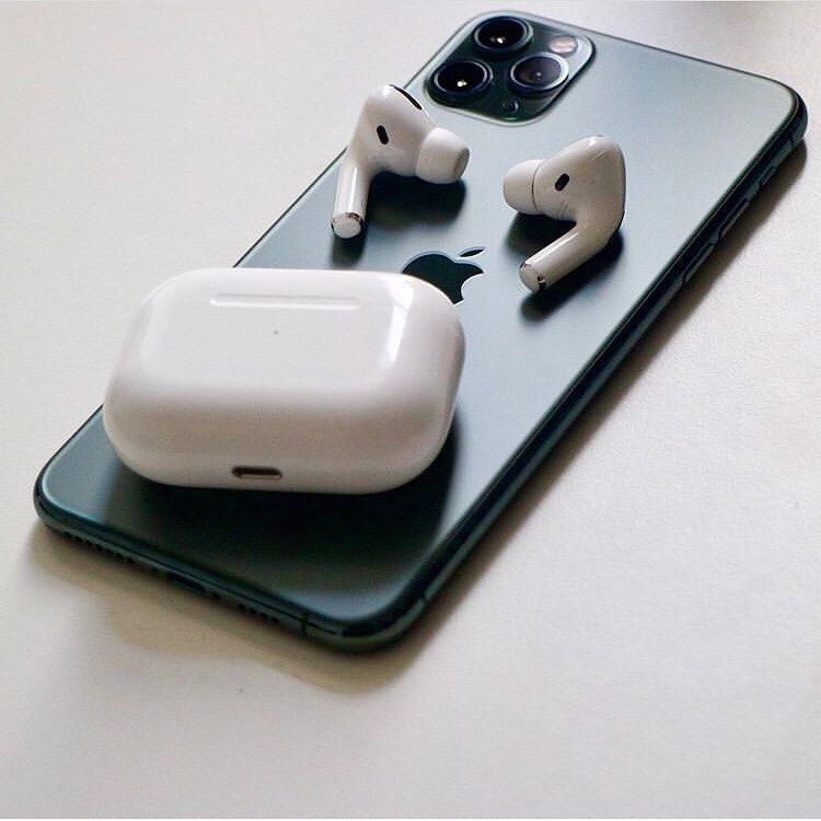 Airpods Pro Review In 2020 Apple Technology Apple Products Apple Accessories
