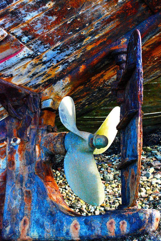Epave coque bateau de yann jacob vintage pinterest bateaux coque bateau et peinture - Peinture coque bateau ...