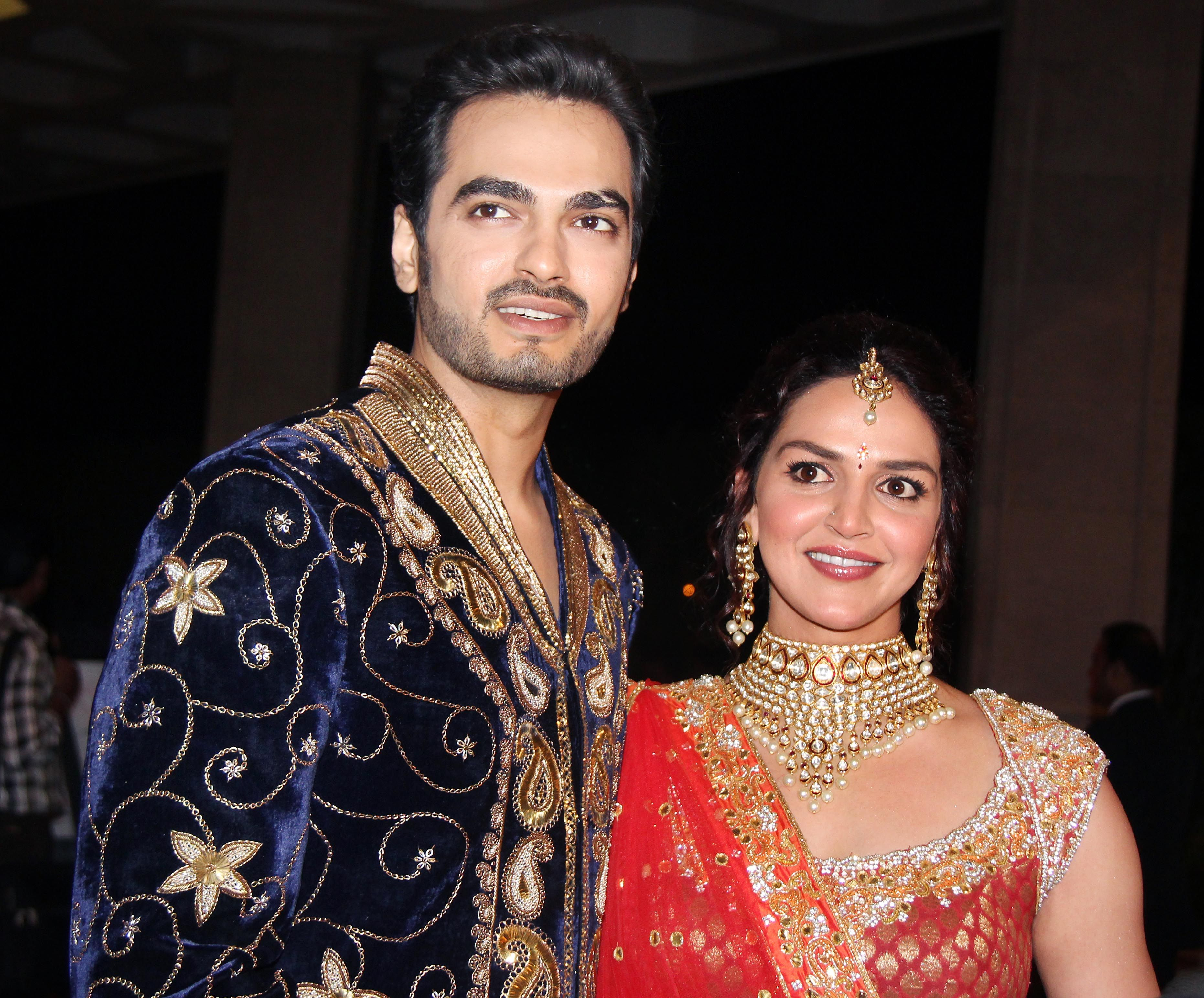 Esha Deol S Sangeet Ceremony Bharat Takhtani And Esha Deol Pre Wedding Celebration Celebrity Weddings Ceremony Style