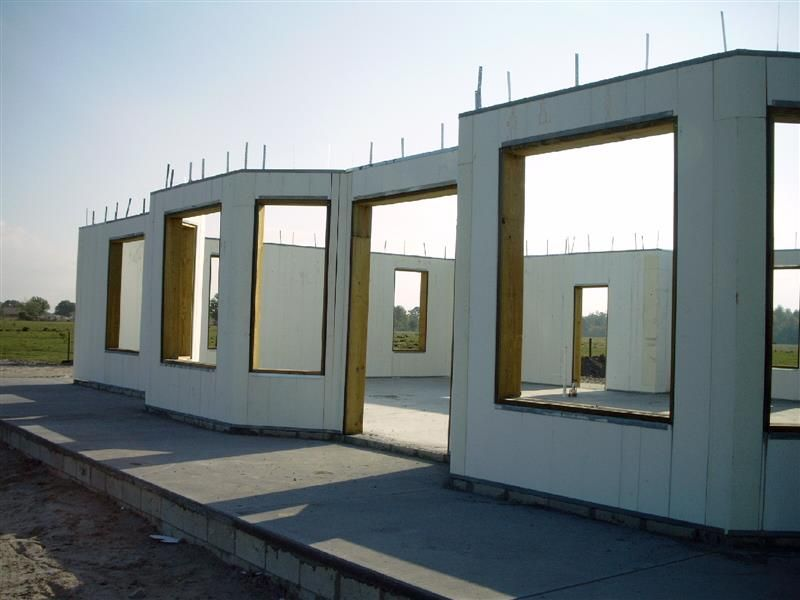Tornado Proof Homes Being Built Around The World Disaster Resistant Energy Efficient Sound Barriers Insulated Concrete Forms Building A House Architecture