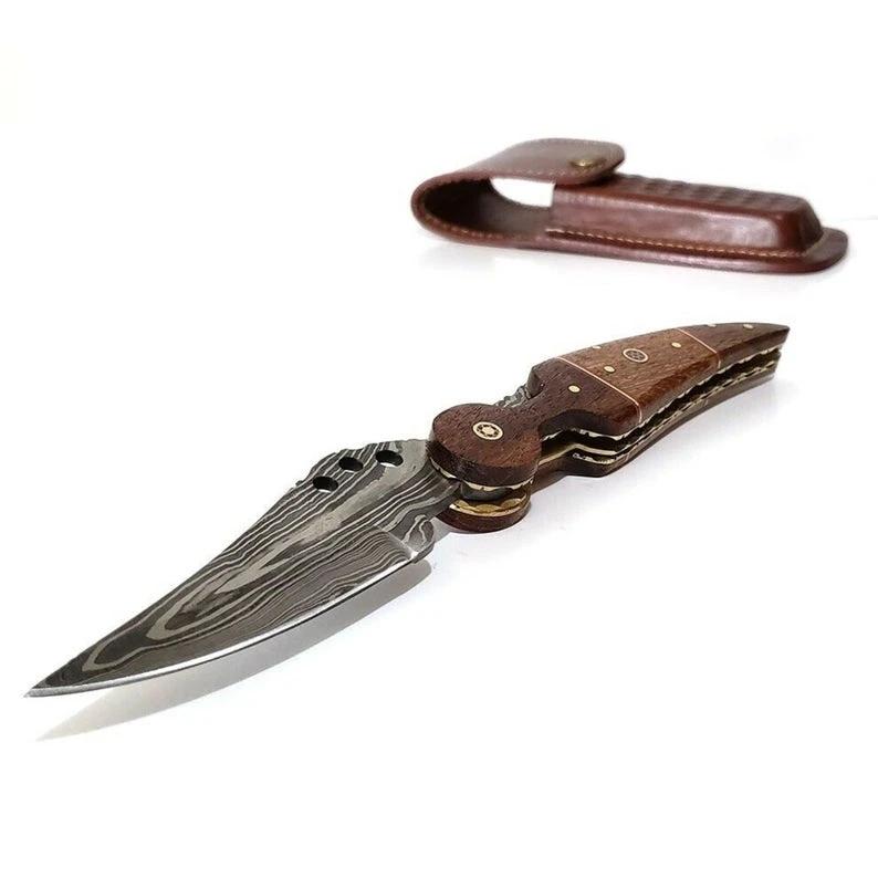 Pin On Camping Hunting Knives