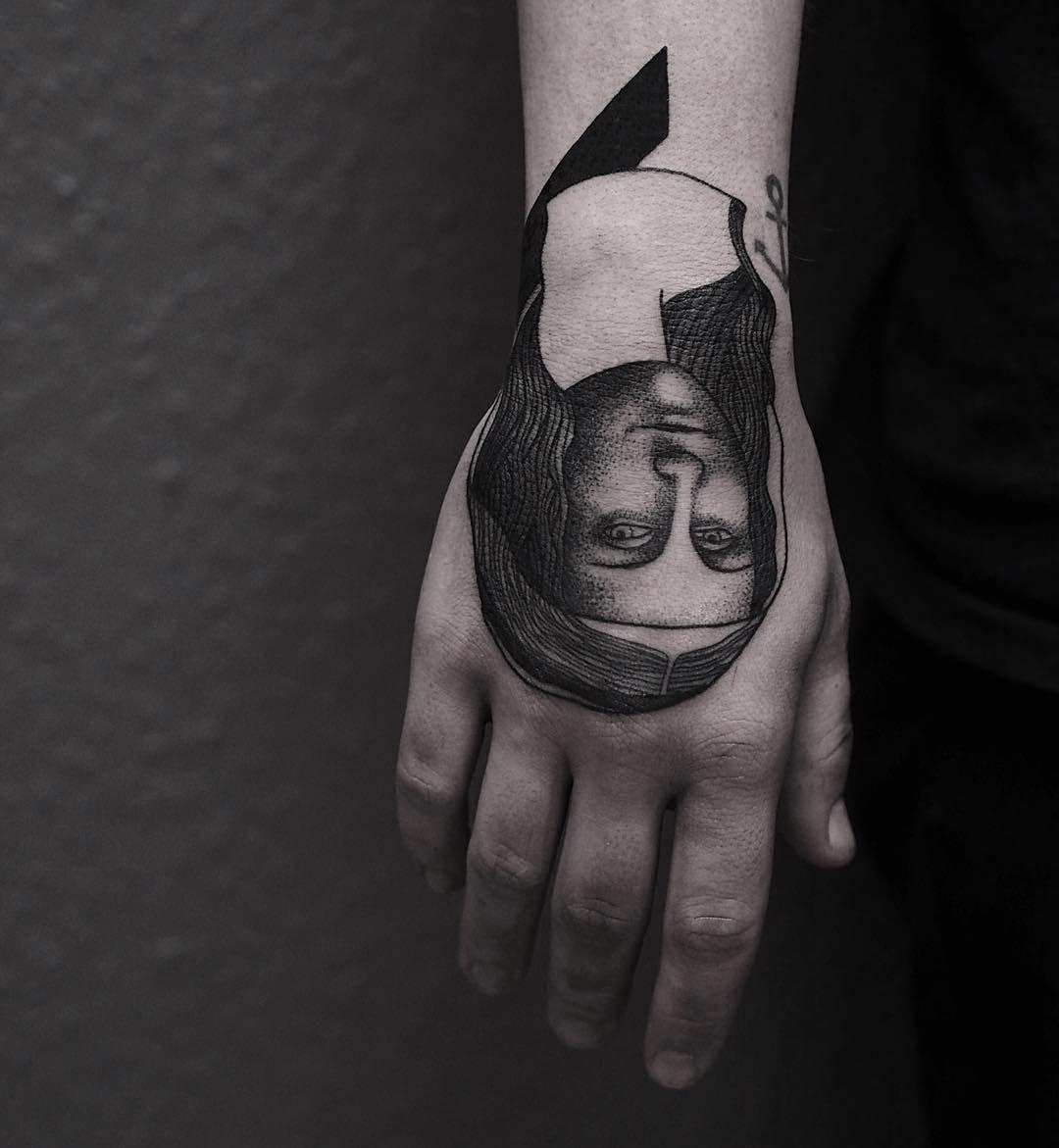 mona lisa tattoo on the hand  Tattoo Ideas   Tattoos