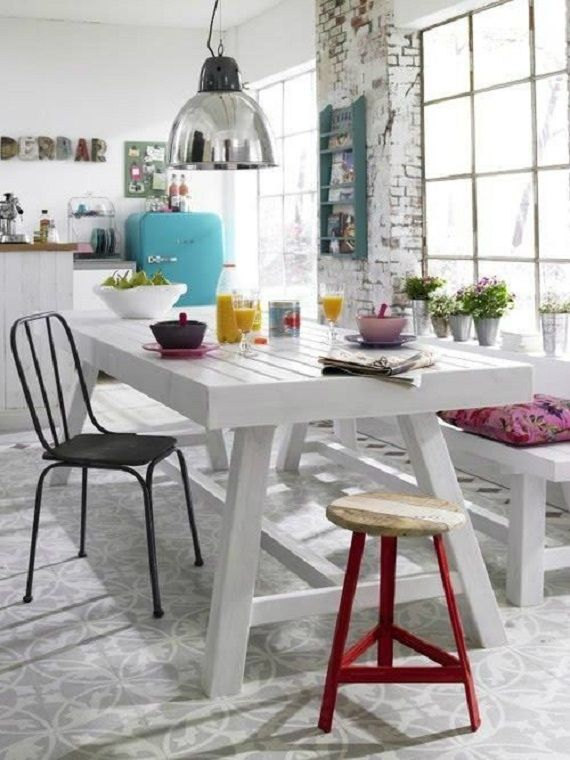 estilo rústico, mesa de madera y banco pintado en blanco | MUEBLES y ...