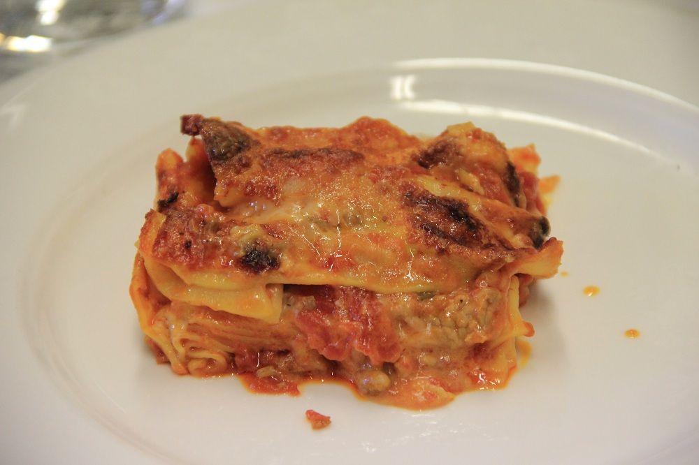 """I """"Vincisgrassi"""" Una specialità maceratese nella storia della gastronomia"""
