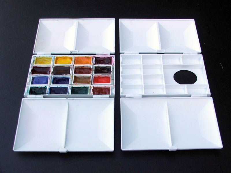 Compact Plastic Palette Box Similar To Craig Young S Paint Box