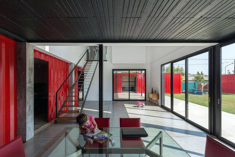 amenagement interieur maison-container