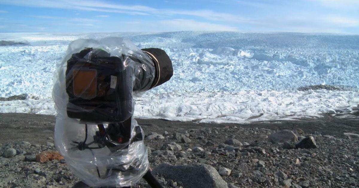 Mies asetti kamerat kuvaamaan jäätikköä – hetken päästä niihin tallentui jotain järkyttävää