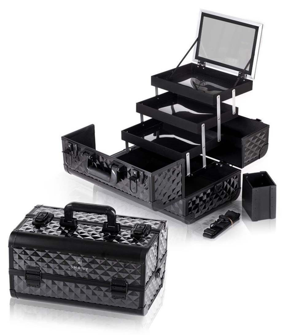 Fantasy collection makeup artists cosmetics train case in