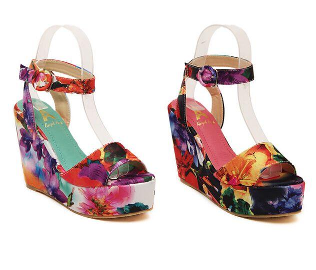 Size 34-39 Fashion Flower Print Sandals Wedges High Heels Open Toe Ankle Straps Platform Sandals Women Summer Shoes 2015 7175 - http://www.aliexpress.com/item/Size-34-39-Fashion-Flower-Print-Sandals-Wedges-High-Heels-Open-Toe-Ankle-Straps-Platform-Sandals-Women-Summer-Shoes-2015-7175/32330596329.html