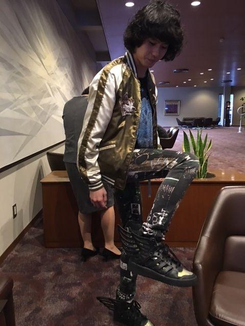 文春王子羽のついたブーツ