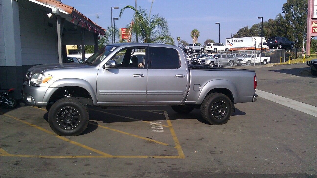 My 2006 Toyota Tundra 2wd Sr5 Double Cab With That Total Chaos Upper And Lower Extended A Arms Upper Unibal Toyota Tundra 4x4 Toyota Tundra 2006 Toyota Tundra