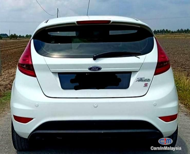 Ford Fiesta 1 6 At Hatchback Sambung Bayar Car Continue Loan