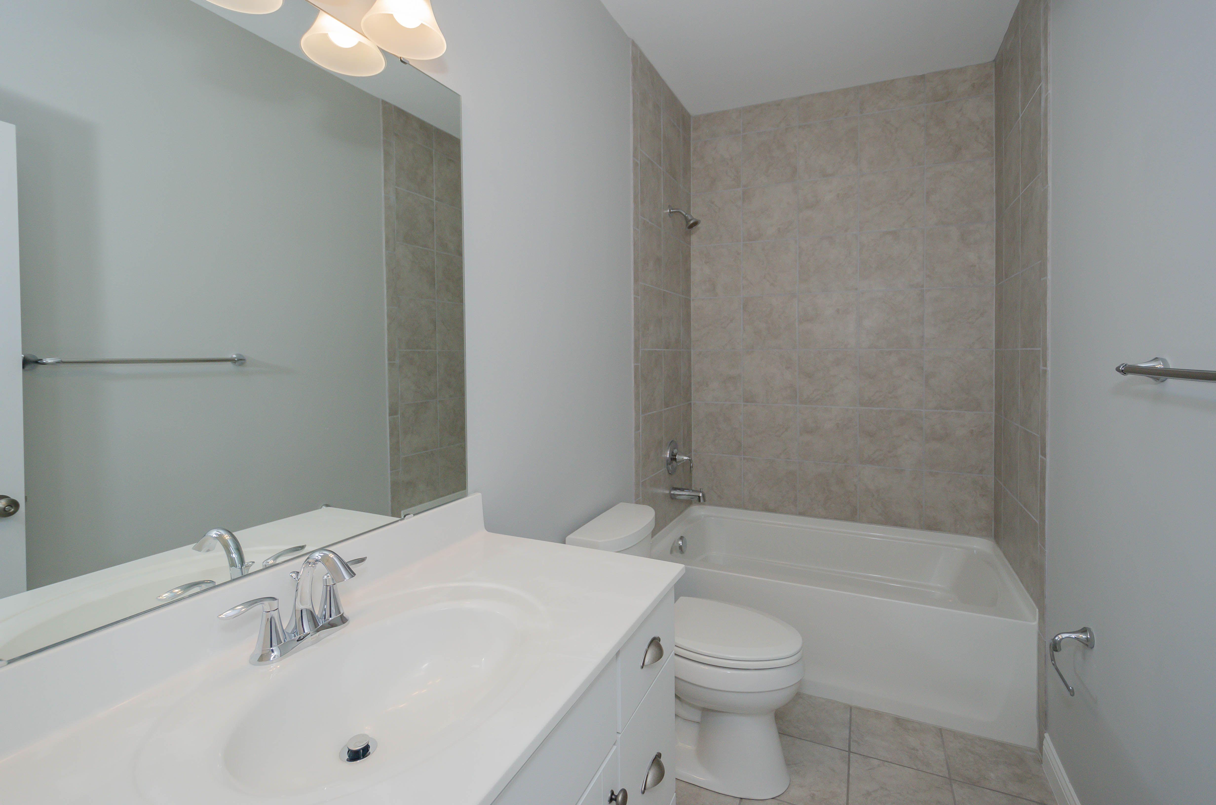 Best 11 Swirl Brellin White Cabinets Marble Bath Tile 400 x 300