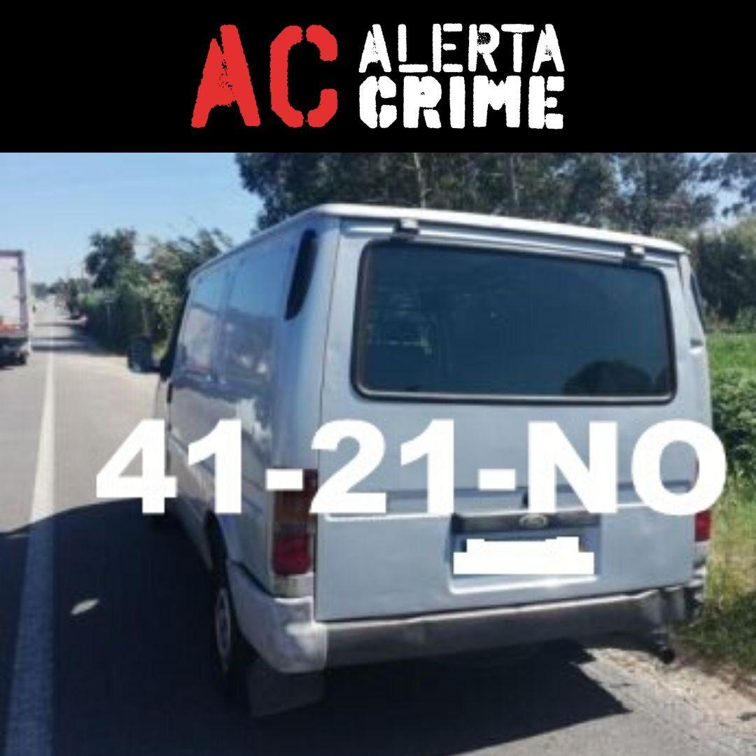 Ford Transit cinzenta furtada em Setubal no dia 28 de Novembro.  41-21-NO    Comercial ligeiro,Fur