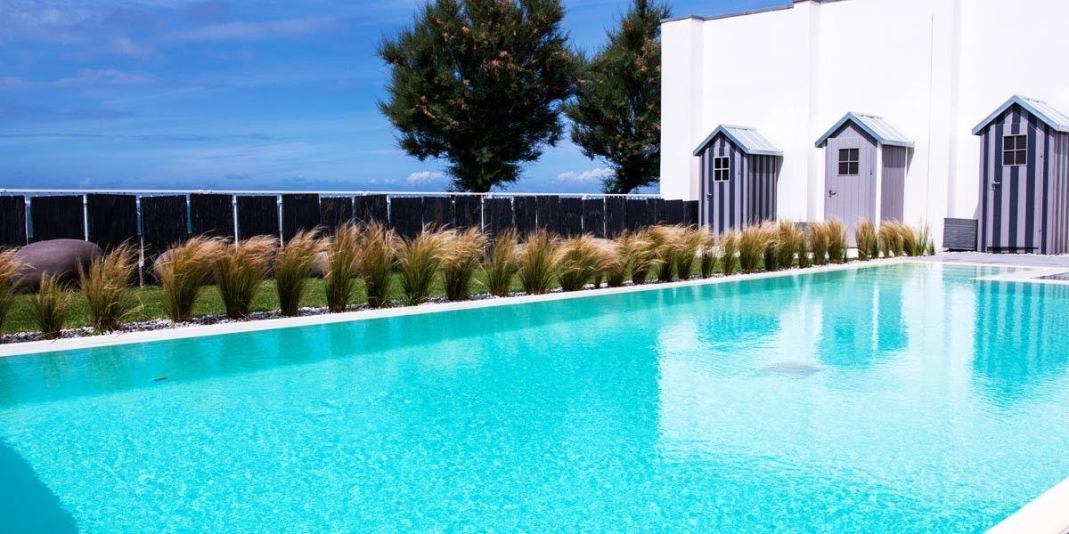 Piscine Thalasso Spa Hotel Chateau Des Tourelles 4 Etoiles Pornichet Swimmingpool Pool Hotel Labaule France Pornichet La Baule Escoublac Thalasso