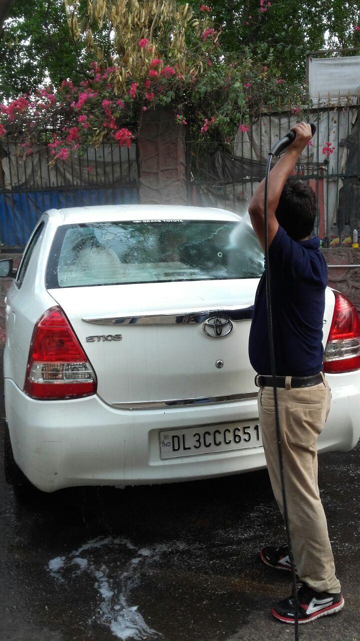 Pressure Car Wash Delhi Car cleaning services, Car