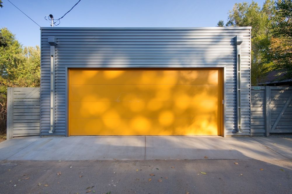 Platt Park Modern Garage Doors Modern Garage Doors Metal Siding House