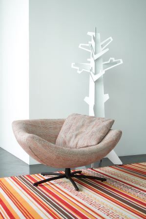 LABEL | Design by: Gerard van den Berg. Swivel chair Gigi in De Ploeg fabric Nevada