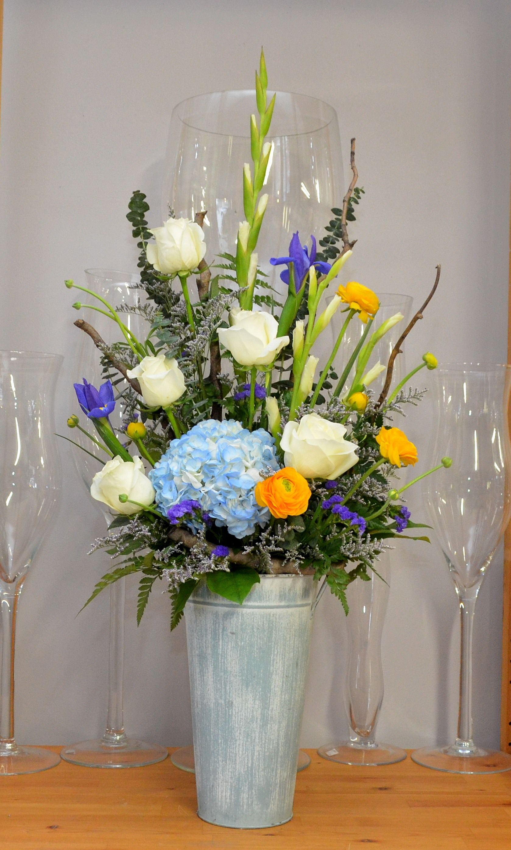 Large contemporary tribute for a man flower arrangement large contemporary tribute for a man funeral tributesvase arrangements izmirmasajfo