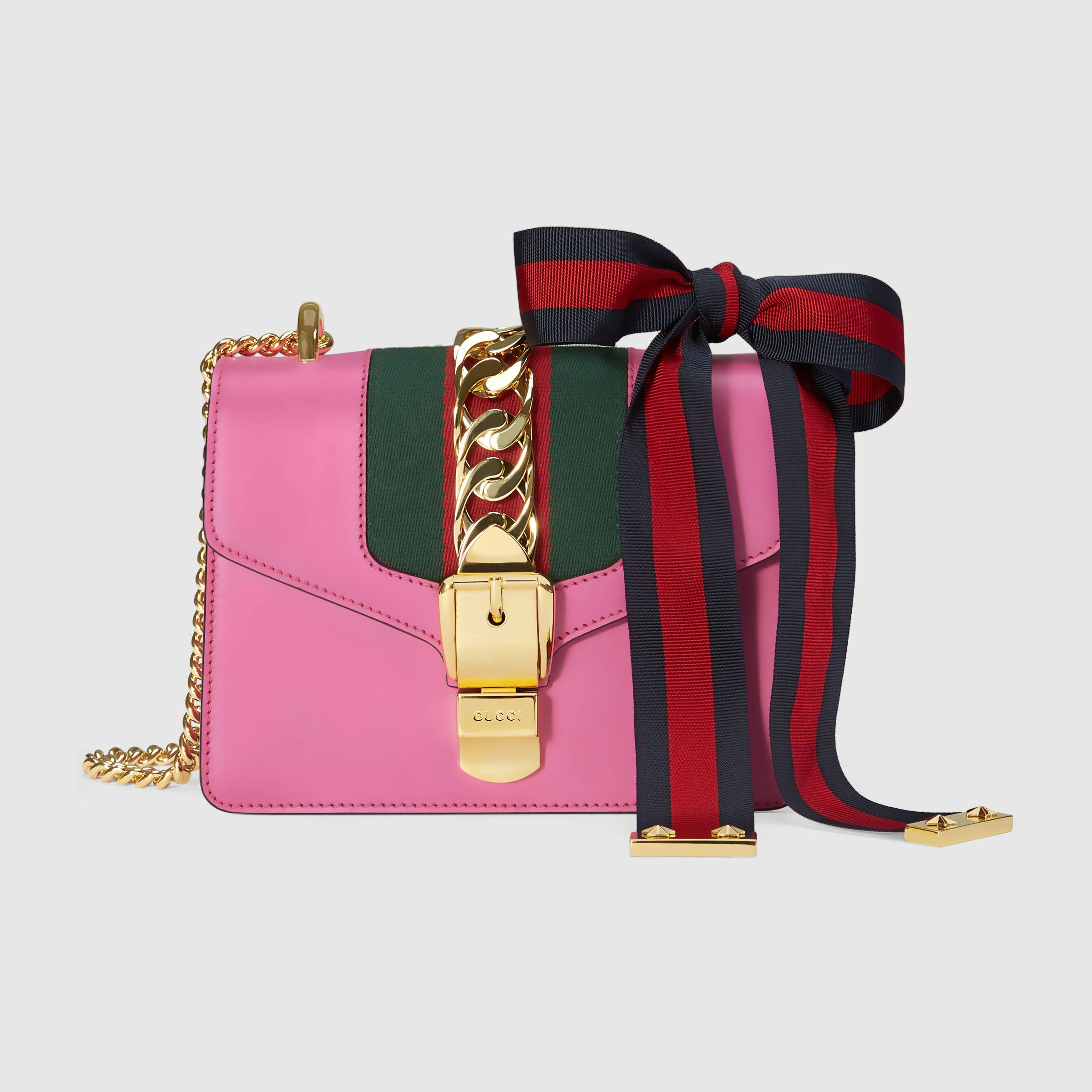 Gucci Donna - Mini borsa Sylvie in pelle con catena - 431666CVLEG5660 6a691d7bae8e