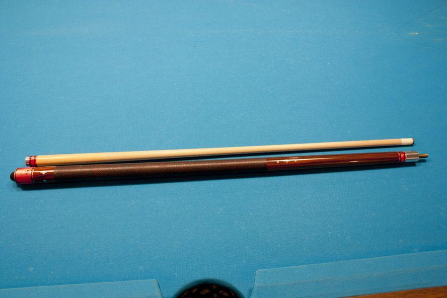 Older Version of a V127K Cue Length: 56 inch  Tip Diameter