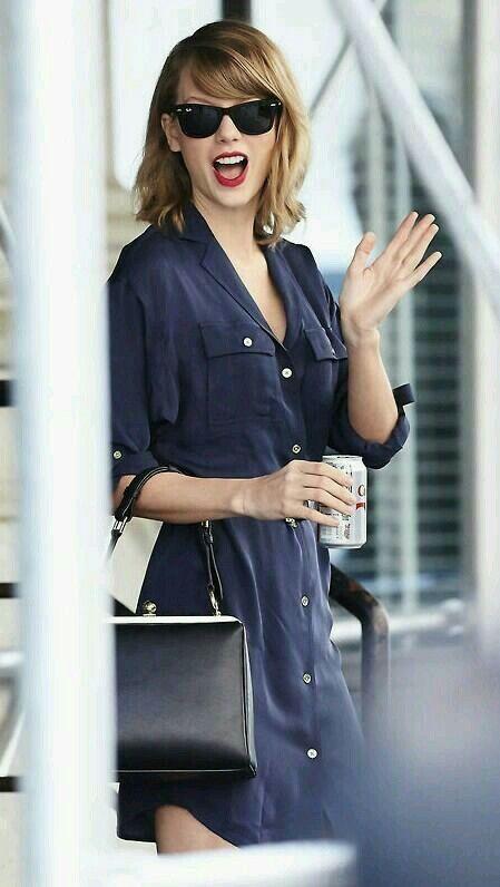 Taylor Swift coke