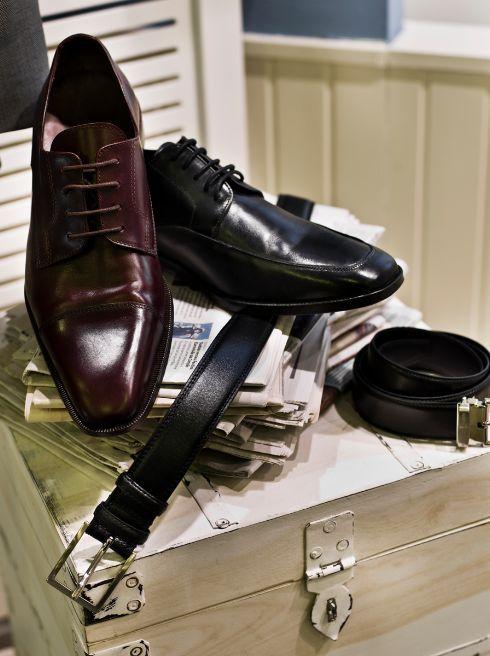 Sapatos 96€, Cintos 25€