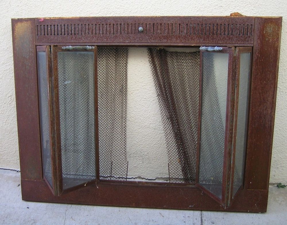 5995 Vintage Rustic Brass Fireplace Screen With Metal Chain Mail