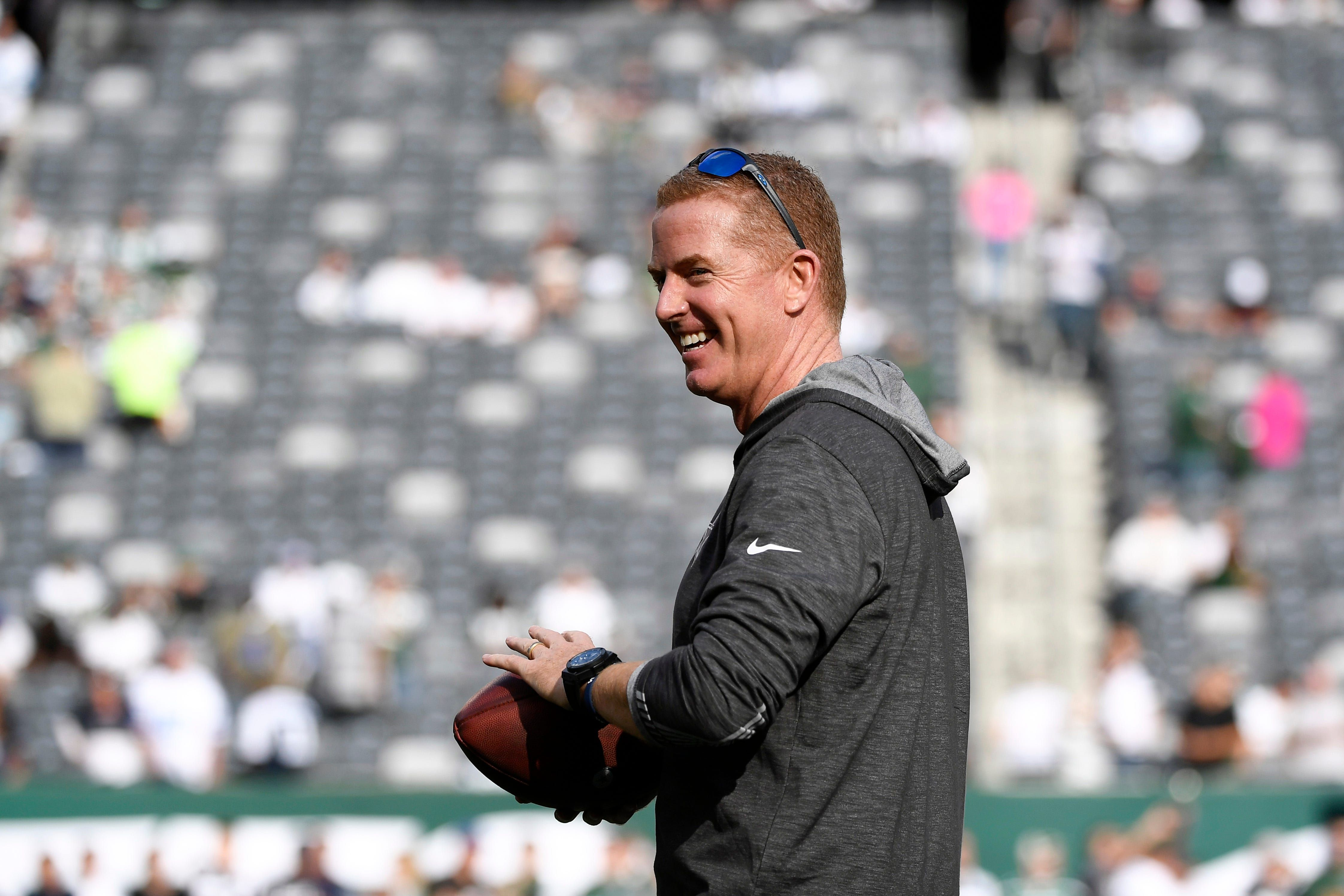 Jason Garrett agrees to offensive coordinator on
