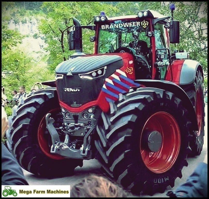 Lucky cat #Mega #Farm #Machines John Deere - New Holland - Massey