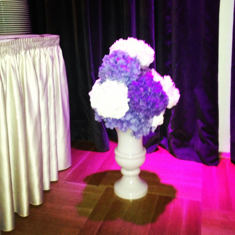 Blumendekoration in Lila und Weiss made by Princess Deeams