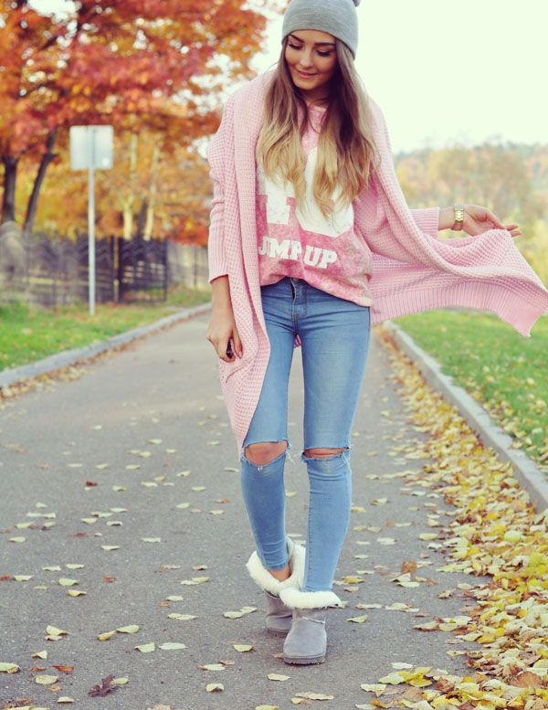Sudadera Gris Looks Pantalón Rosa Botas De En Mezclilla grOa8gq