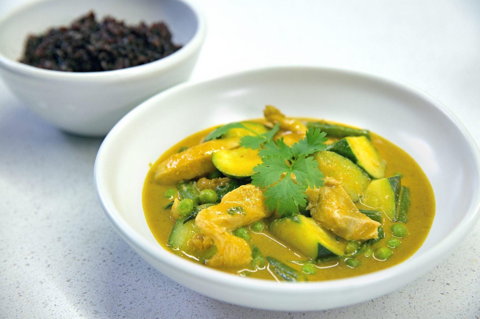Coconut peanut chicken curry Healthy Food Guide Recipe