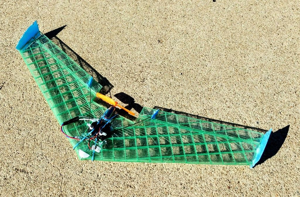 Micro Flying Wing for V911/F949 receiver bricks by