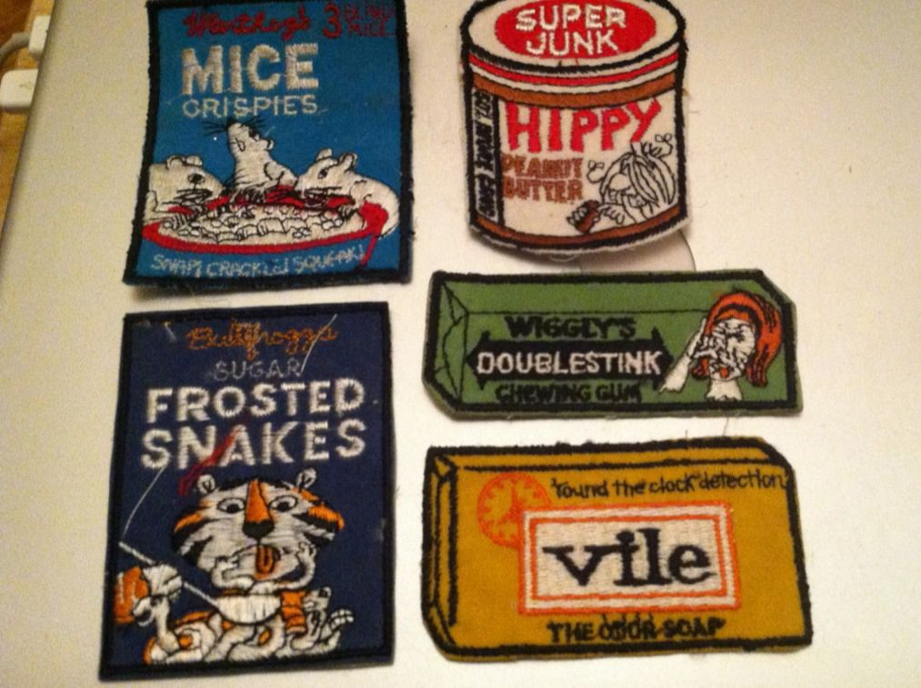Vintage funny patches - laulaunyc