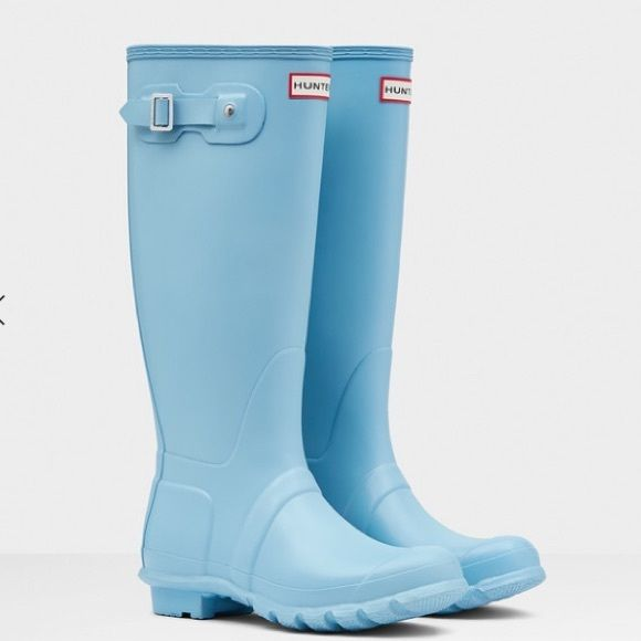 Hunter Original Tall Gloss Wellies in Sky Blue